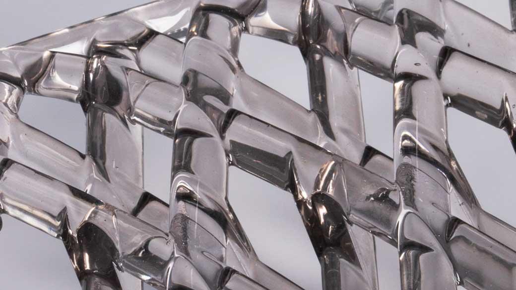 Prototipo in 3D di una griglia trasparente