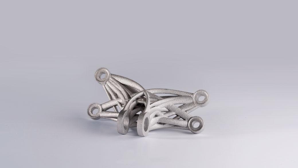 Prototipo di strumentazione metallica